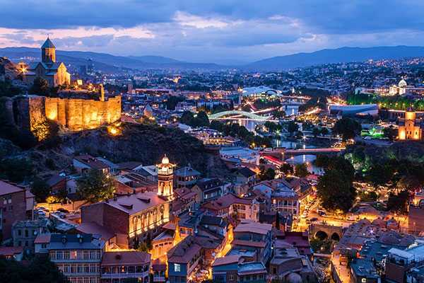 پایتخت گرجستان در شب